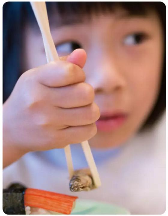 高尔夫鑫城 一双筷子承载中国家庭的情感