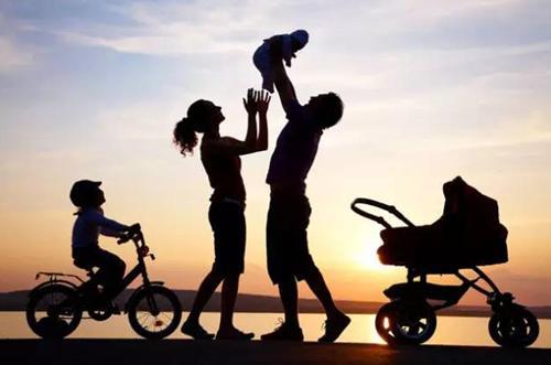 住在一起,才是一家人的幸福时刻。